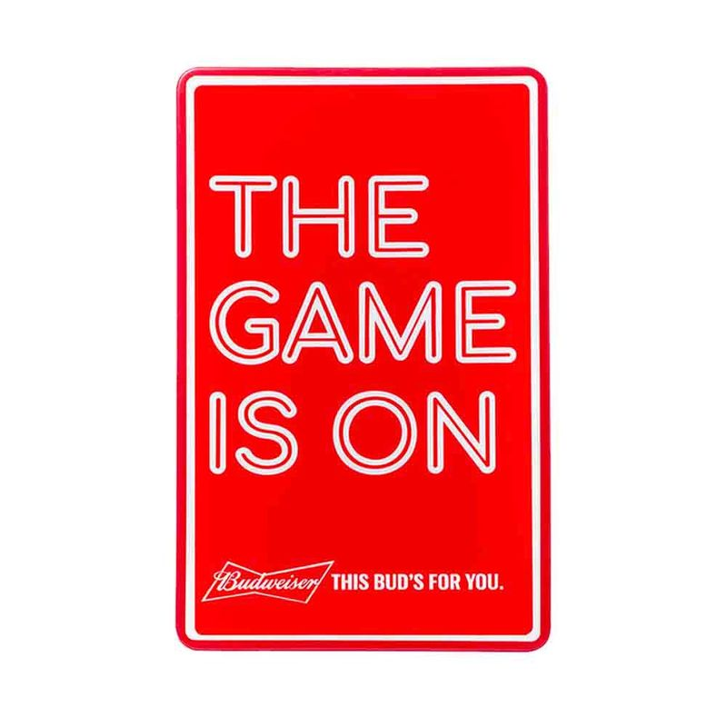 Display-Luminoso-Budweiser-The-Game-is-on-branco-1