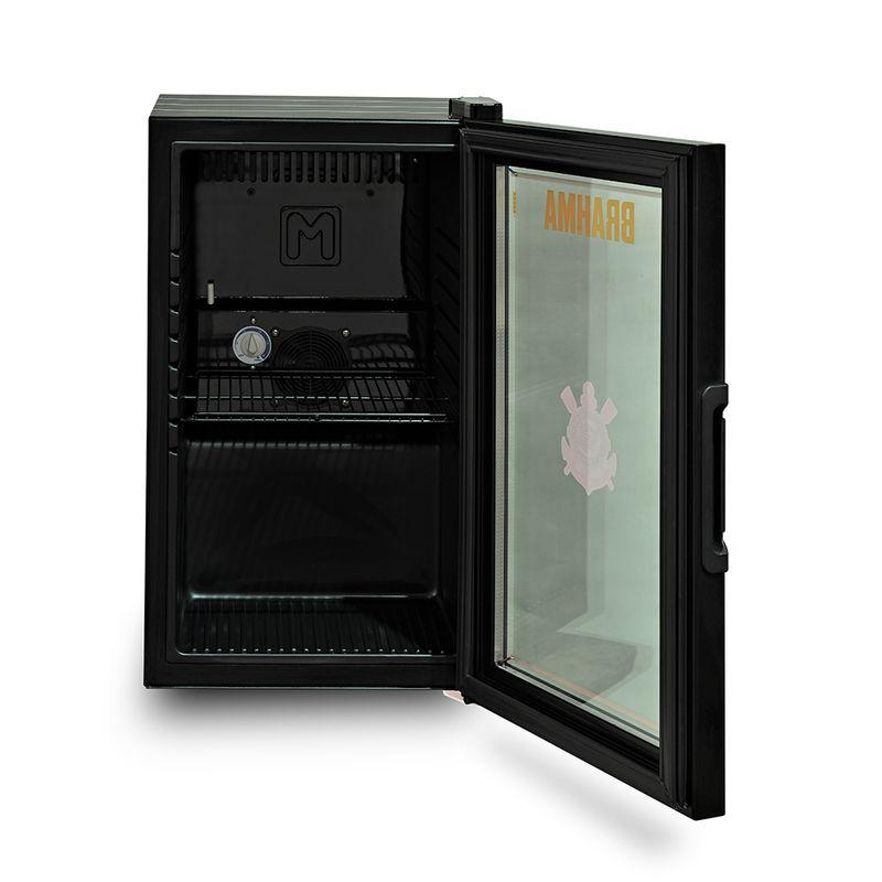 geladeira-Corinthians-aberto